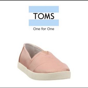 TOMS Women's Avalon Sneakers